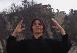 pratique du qi gong dans les monts Wu Dang